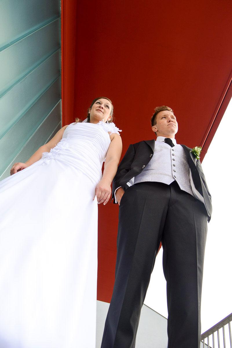 stehendes Hochzeitspaar