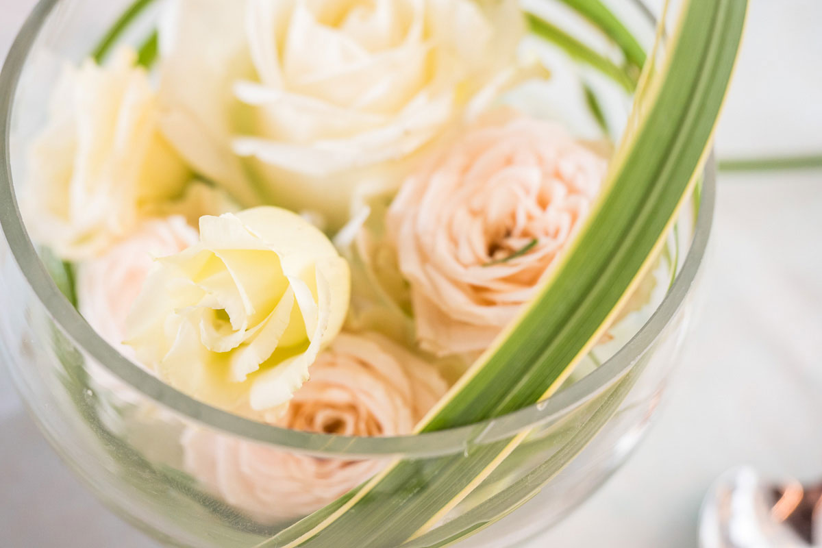 Blumendecor auf einer Hochzeit